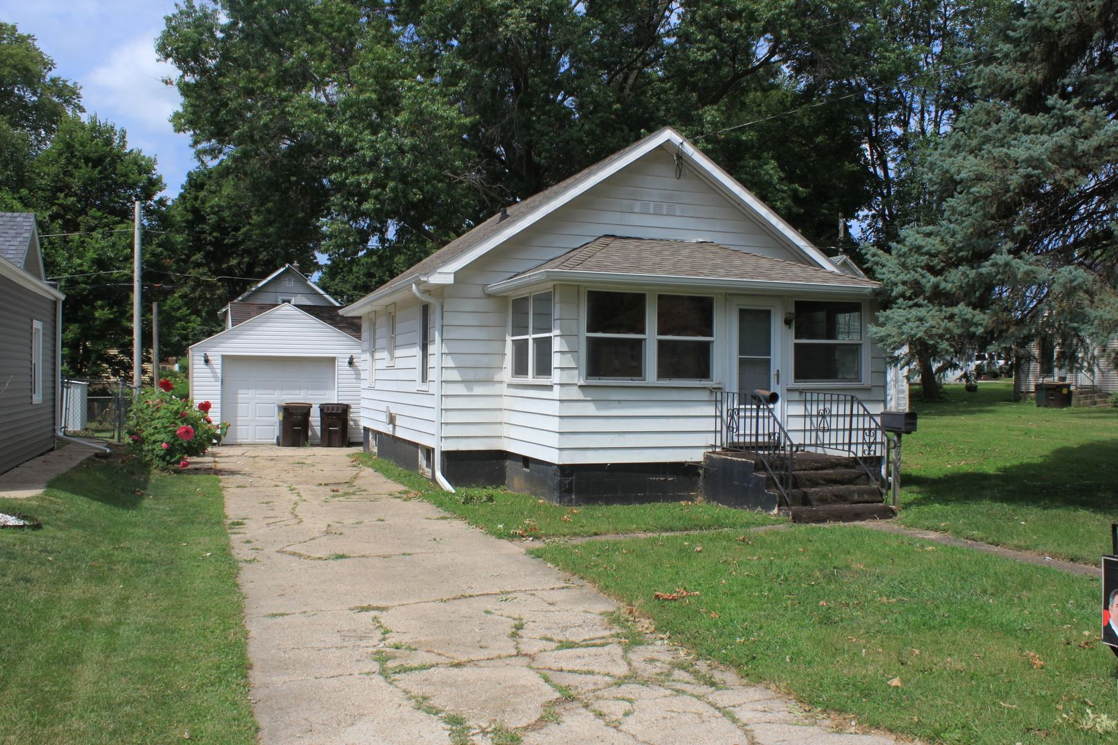 306 Grace Avenue, Rock Falls, IL 61071 - #: 10772224