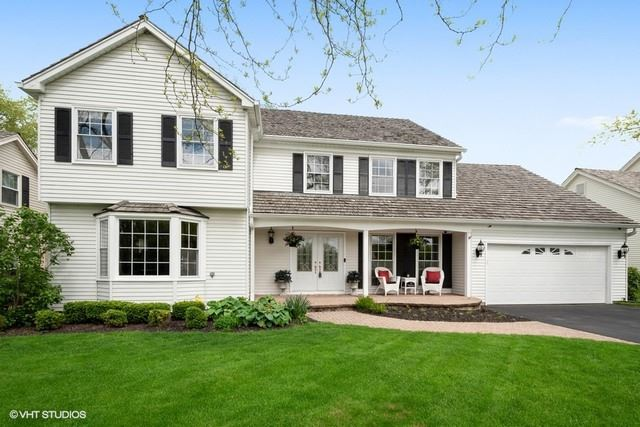 Photo for 133 Whitney Drive, Barrington, IL 60010 (MLS # 10651227)