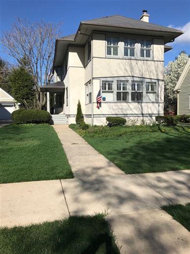 Photo of 324 S Kensington Avenue, La Grange, IL 60525 (MLS # 11010229)