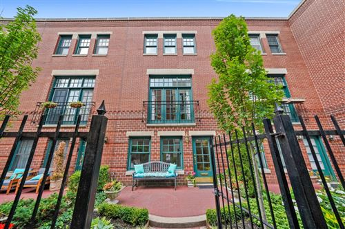 Photo of 2652 N Southport Avenue #D, Chicago, IL 60614 (MLS # 11135229)