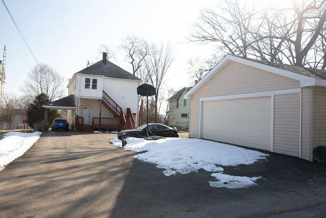 Photo of 111 COMSTOCK Street, Joliet, IL 60436 (MLS # 10943232)