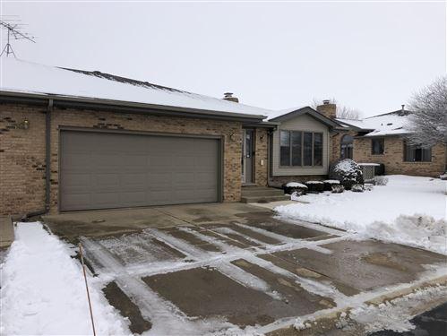 Photo of 1826 Foxwood Drive, New Lenox, IL 60451 (MLS # 10963234)