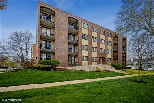 Photo of 104 N Pine Avenue #505, Arlington Heights, IL 60004 (MLS # 11041234)