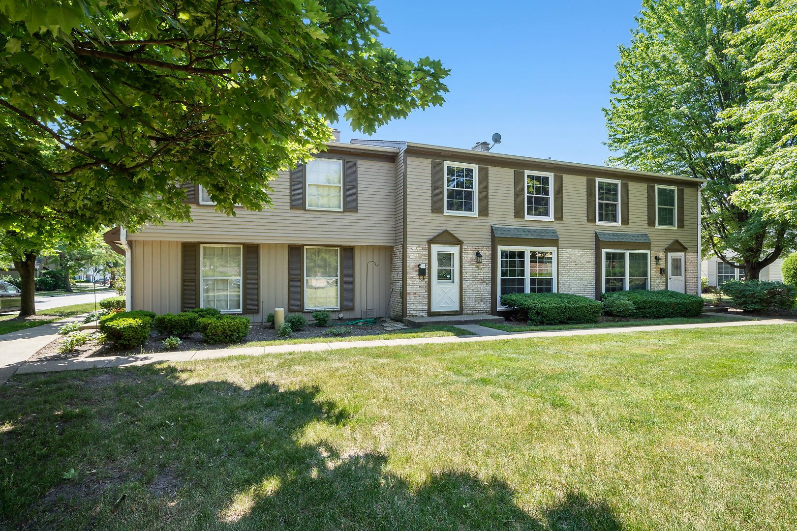 1676 Valley Forge Court #C, Wheaton, IL 60189 - #: 10754237