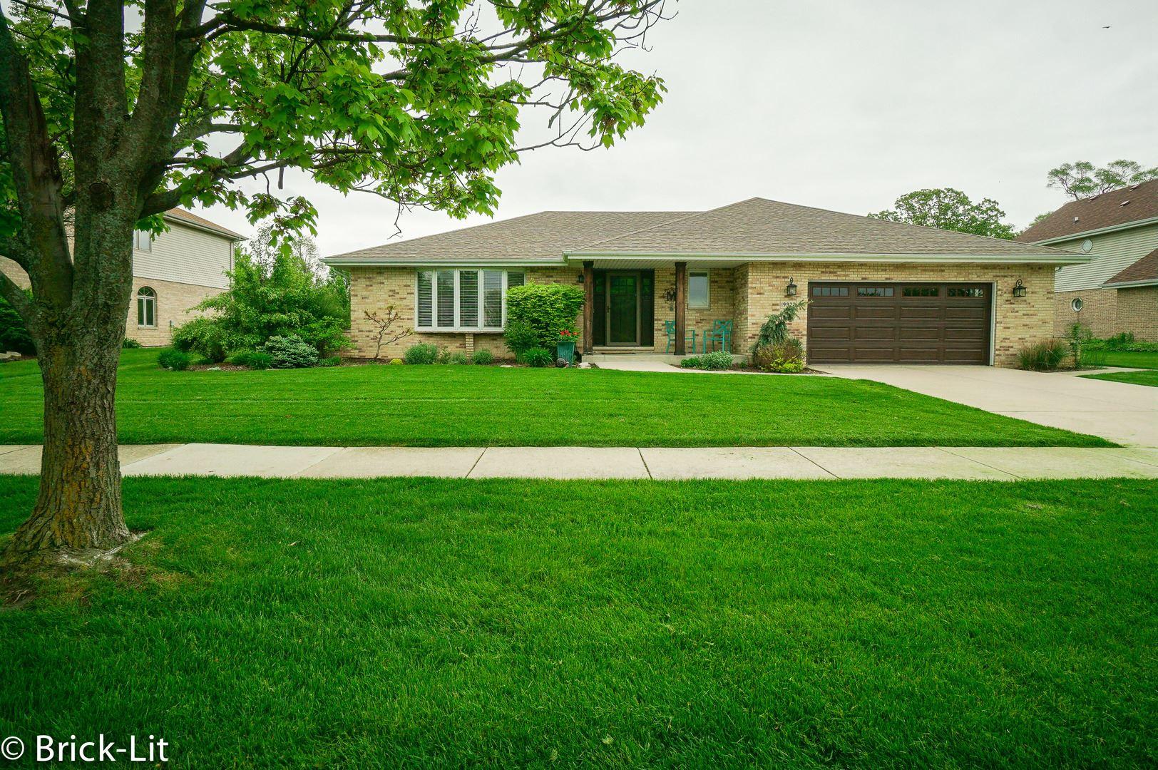 19927 Green Meadows Parkway, Mokena, IL 60448 - #: 10763237