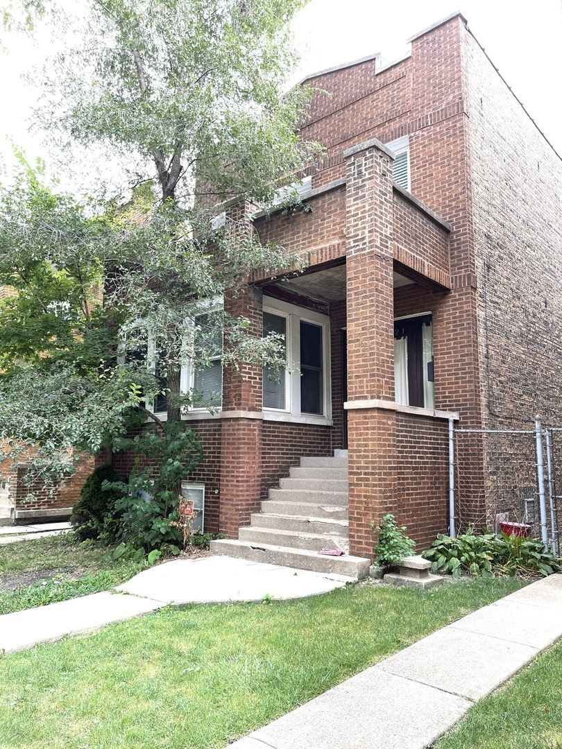 4321 W DRUMMOND Place, Chicago, IL 60639 - #: 11231238