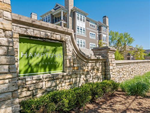 Photo of 149 W KENNEDY Lane #307, Hinsdale, IL 60521 (MLS # 11088242)