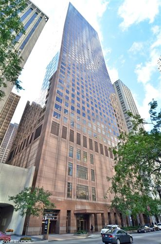 Photo of 161 E Chicago Avenue #37H, Chicago, IL 60611 (MLS # 11008244)