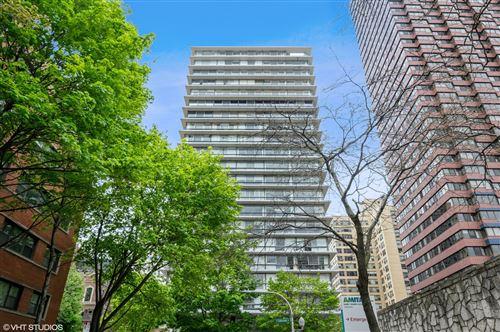 Photo of 320 W Oakdale Avenue #1401, Chicago, IL 60657 (MLS # 10892245)