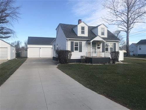 Photo of 421 Garfield Avenue, Lasalle, IL 61301 (MLS # 10957245)