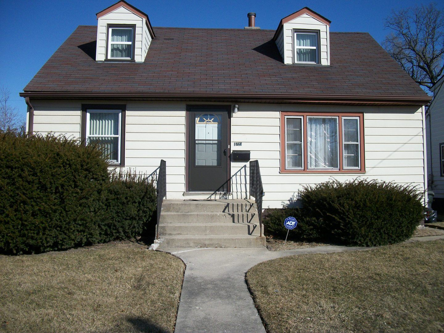 1723 Elizabeth Avenue, North Chicago, IL 60064 - #: 10685245
