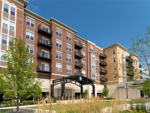 Photo of 255 N Addison Avenue #528, Elmhurst, IL 60126 (MLS # 10679246)