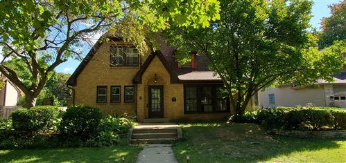 Photo of 156 Le Grande Boulevard, Aurora, IL 60506 (MLS # 11226246)