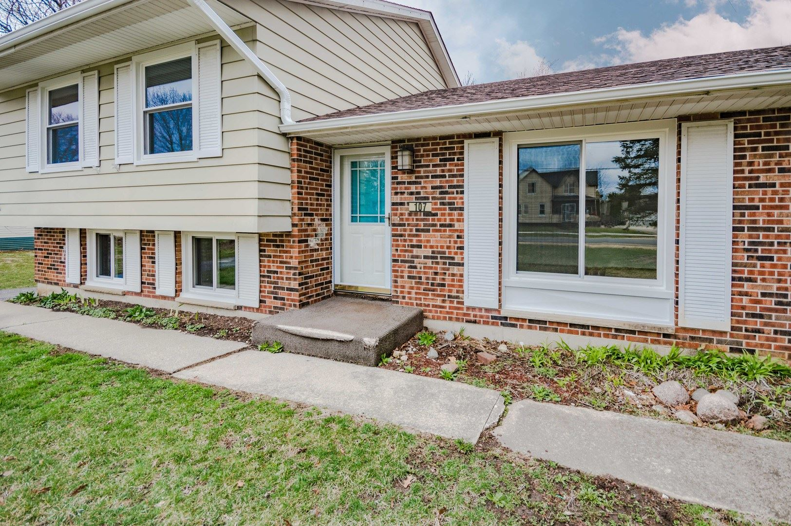 107 E North Avenue, Cortland, IL 60112 - #: 10680247