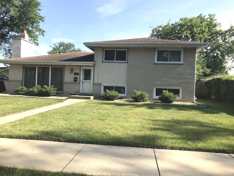 2733 Pauline Avenue, Glenview, IL 60025 - #: 10768247
