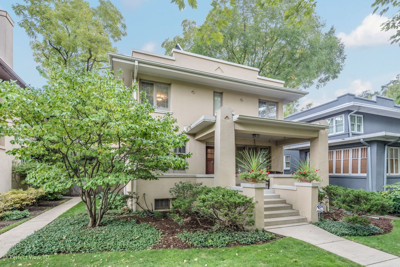 Photo for 318 14th Street, Wilmette, IL 60091 (MLS # 10841247)