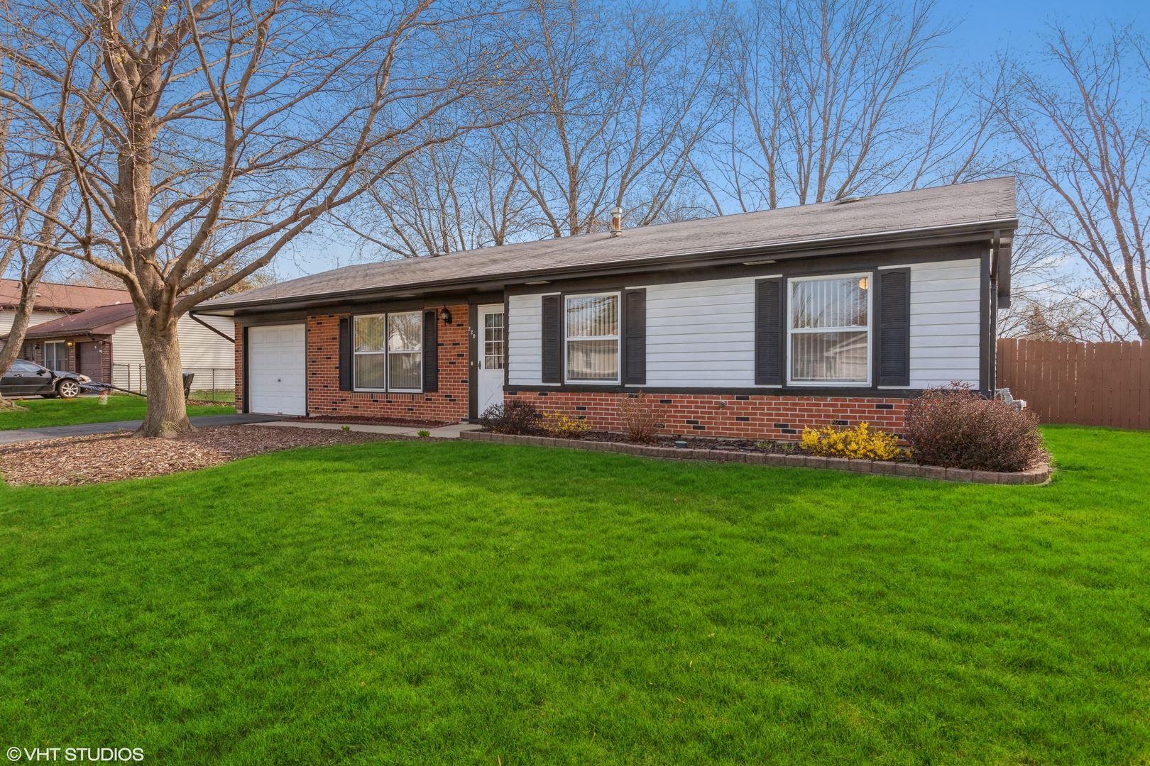 Photo of 220 Gettysburg Drive, Bolingbrook, IL 60440 (MLS # 11046247)