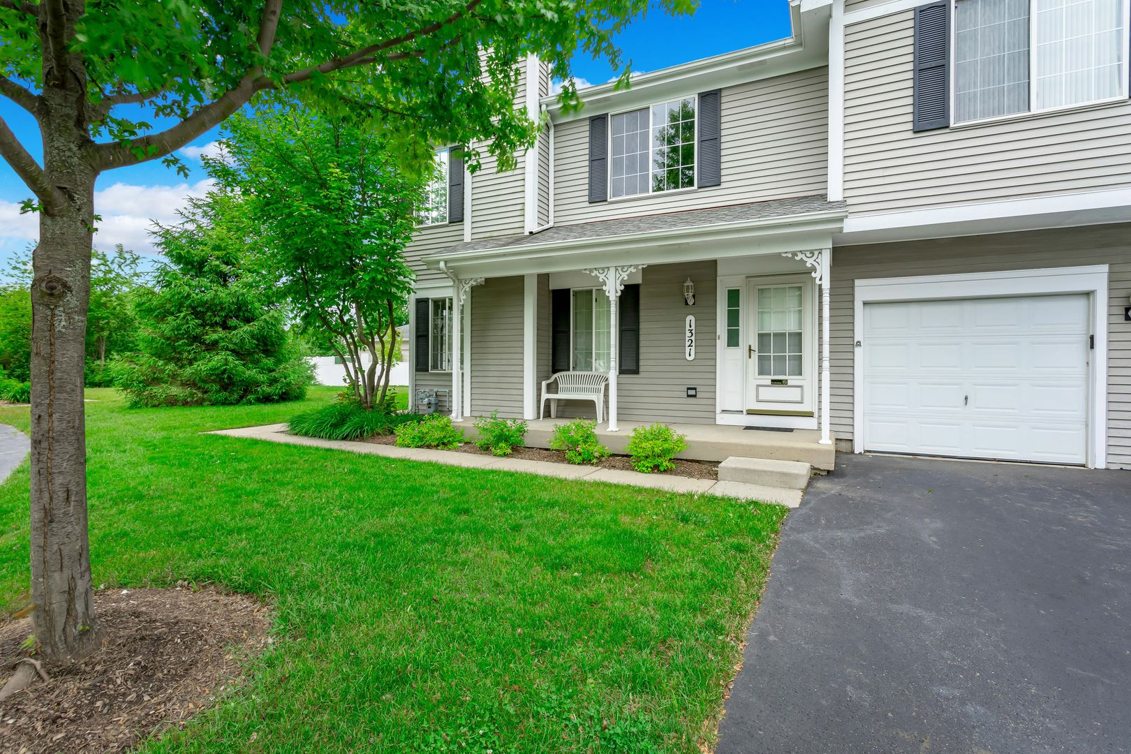 1321 LOWELL Drive, South Elgin, IL 60177 - #: 10743249