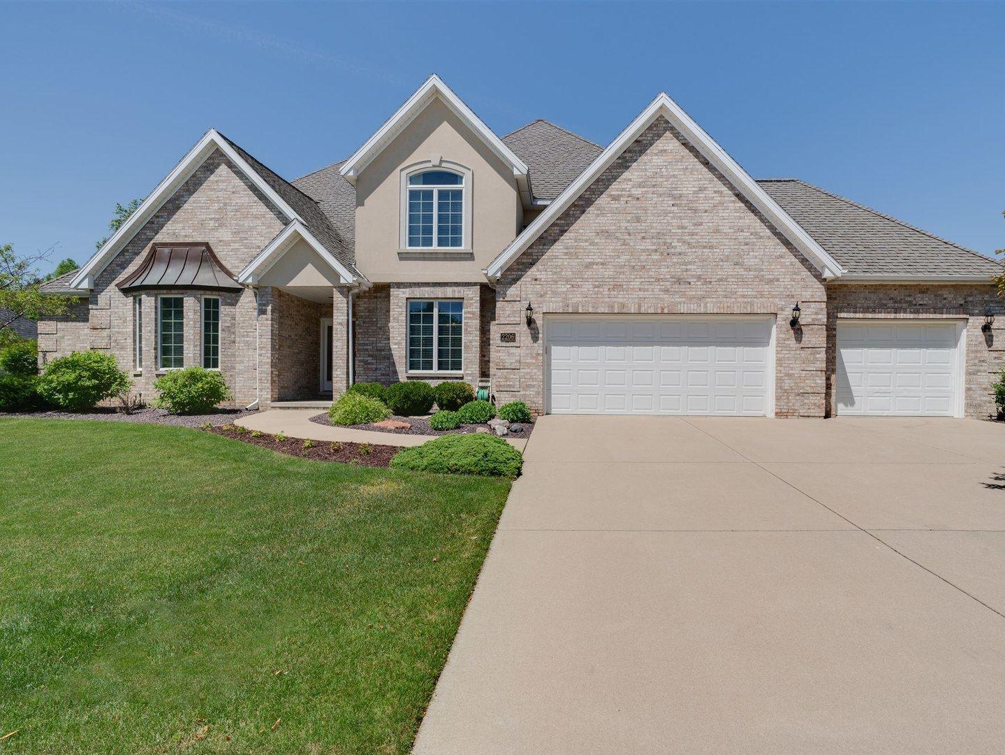 2206 Foxtail Road, Bloomington, IL 61704 - #: 10661251