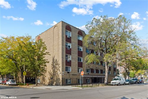 Photo of 5100 N Sheridan Road #302, Chicago, IL 60640 (MLS # 11254252)