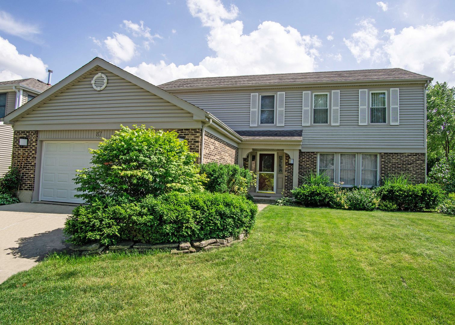 87 E Fox Hill Drive, Buffalo Grove, IL 60089 - #: 11071252