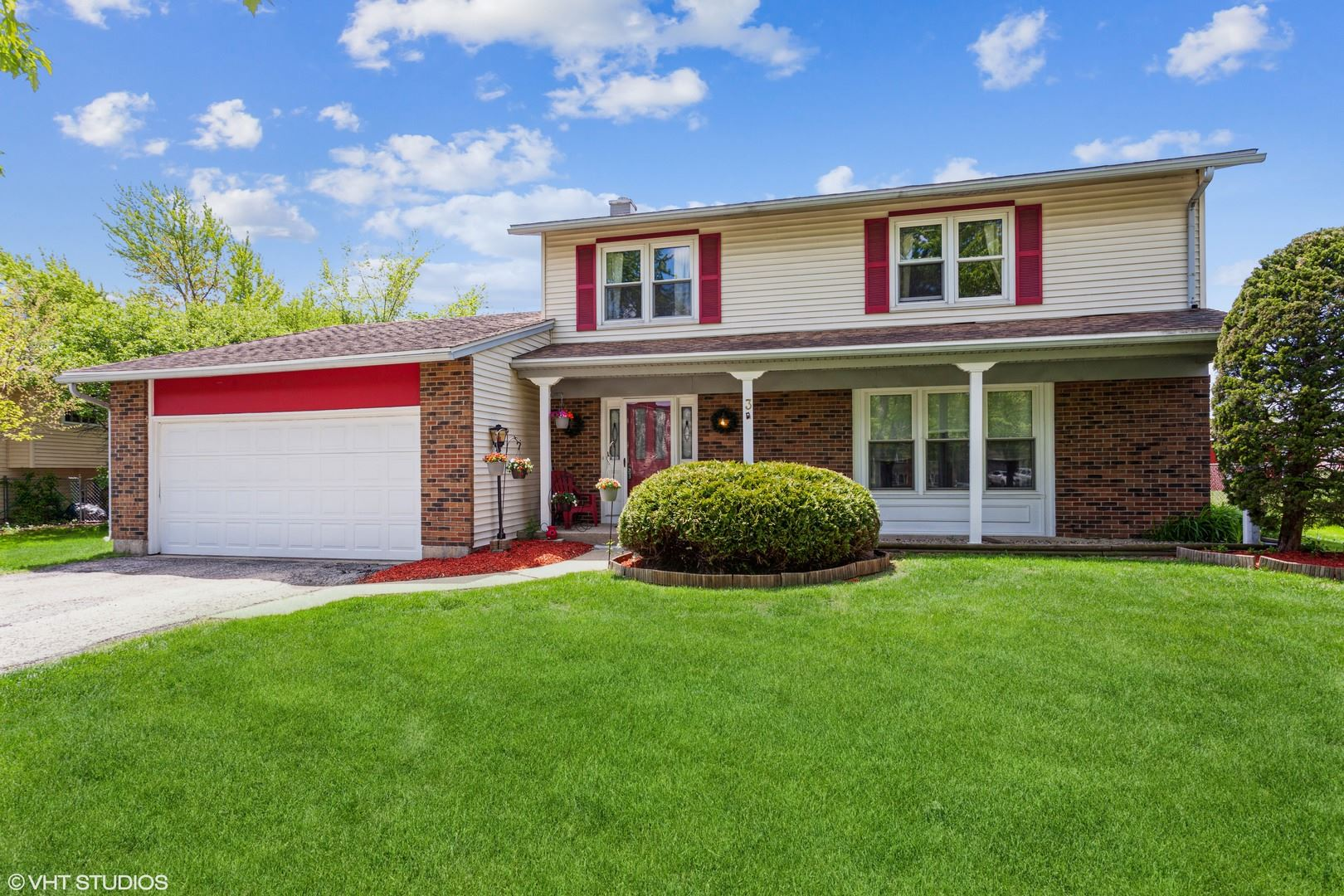 Photo of 3 Purchase Court, Bolingbrook, IL 60440 (MLS # 11124252)