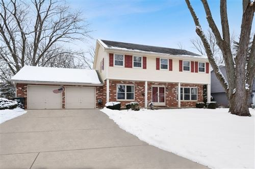 Photo of 357 Beverly Road, Barrington, IL 60010 (MLS # 10976254)