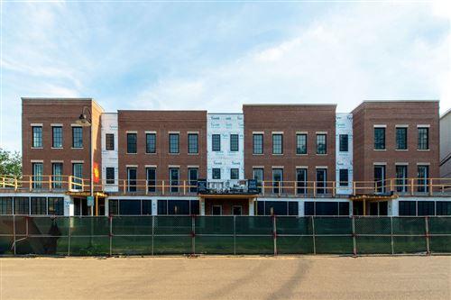 Photo of 225 Burlington Avenue #5, Clarendon Hills, IL 60514 (MLS # 11243254)