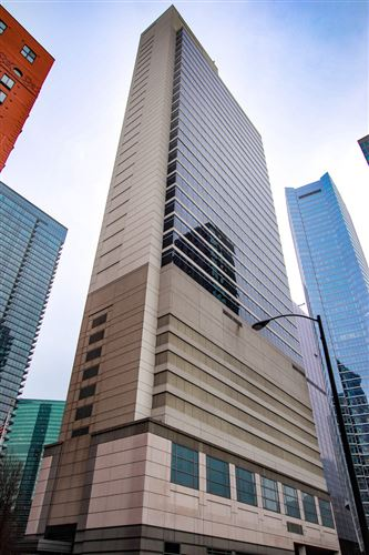 Photo of 333 N Canal Street #2201, Chicago, IL 60606 (MLS # 11006255)