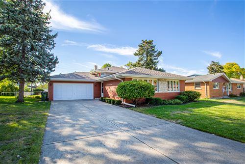 Photo of 6705 W 87th Place, Oak Lawn, IL 60453 (MLS # 11231255)