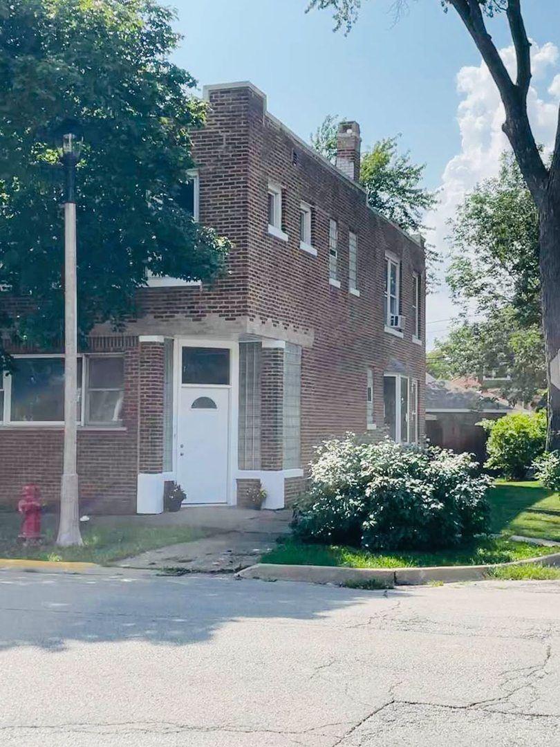 2500 Clarence Avenue, Berwyn, IL 60402 - #: 11209255