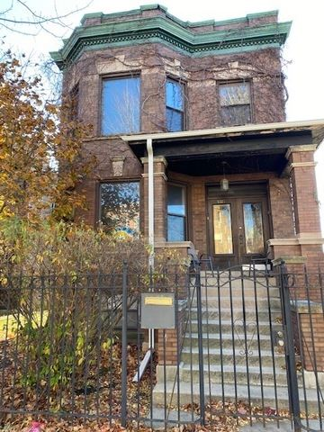 Photo of 3321 W Palmer Street, Chicago, IL 60647 (MLS # 10936256)