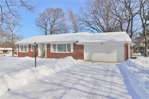 Photo of 1031 Coolidge Place, Rockford, IL 61107 (MLS # 10981256)