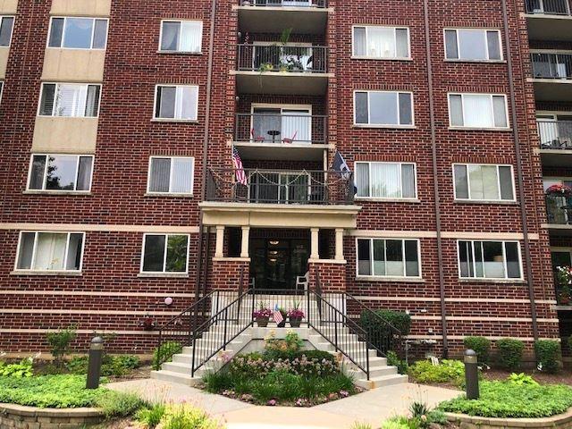 31 E Grove Street #704, Lombard, IL 60148 - #: 11184257