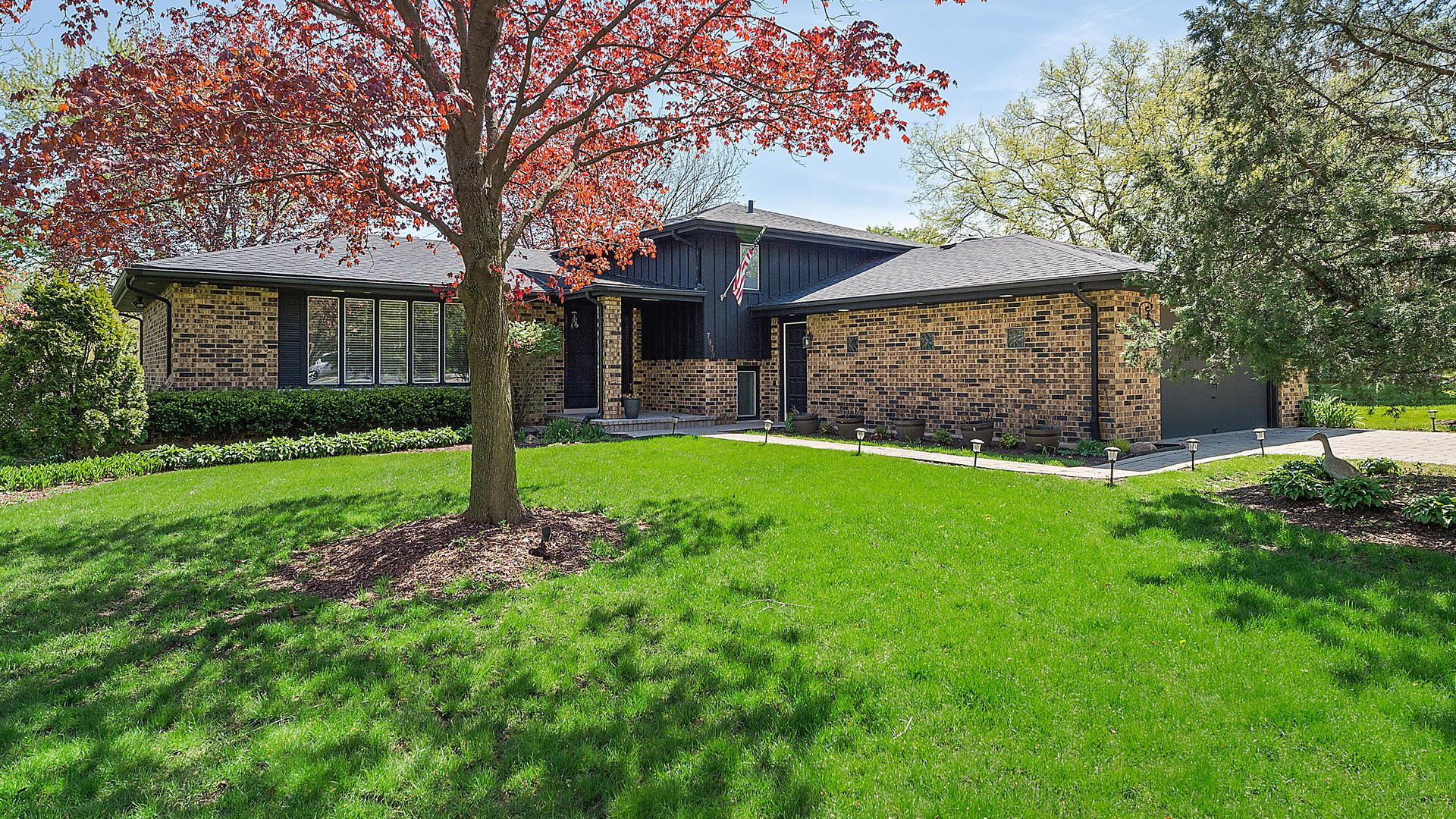 7909 Summer Lane, Downers Grove, IL 60516 - #: 10708260