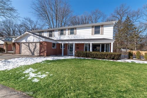 Photo of 1526 Crown Drive, Glenview, IL 60025 (MLS # 10646261)