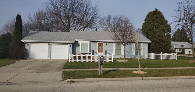 5210 W Greenbrier Drive, McHenry, IL 60050 - #: 10587262