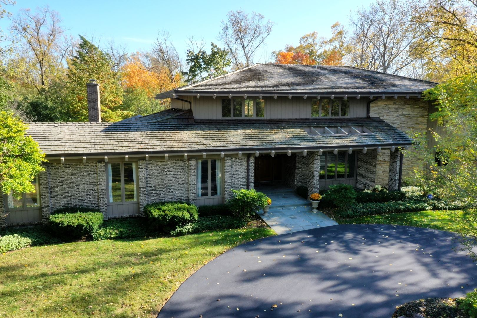 Photo for 265 Sunset Drive, Northfield, IL 60093 (MLS # 10907264)