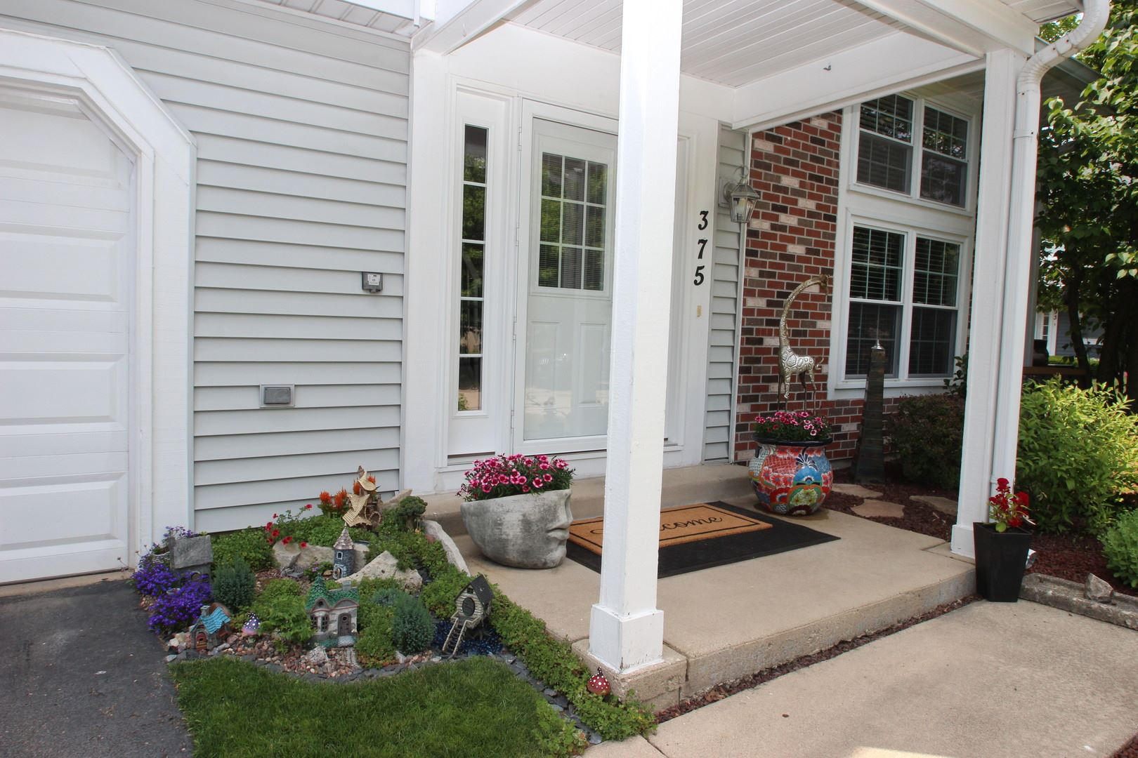 Photo of 375 Dupage Drive, Bolingbrook, IL 60440 (MLS # 10943264)