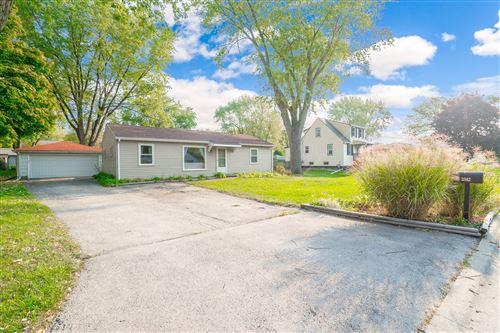 Photo of 2342 Sweetbriar Avenue, Crest Hill, IL 60403 (MLS # 10916265)