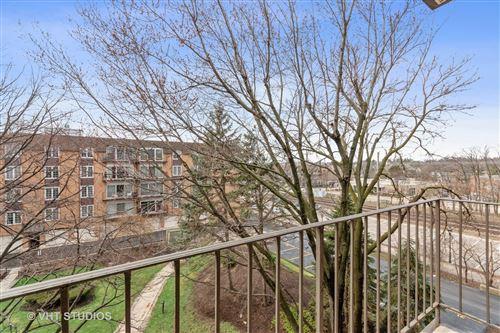 Tiny photo for 445 N Park Boulevard #4C, Glen Ellyn, IL 60137 (MLS # 11060267)