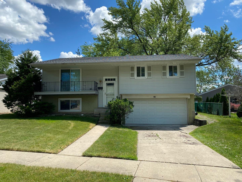 647 Evergreen Place, Buffalo Grove, IL 60089 - #: 10768272