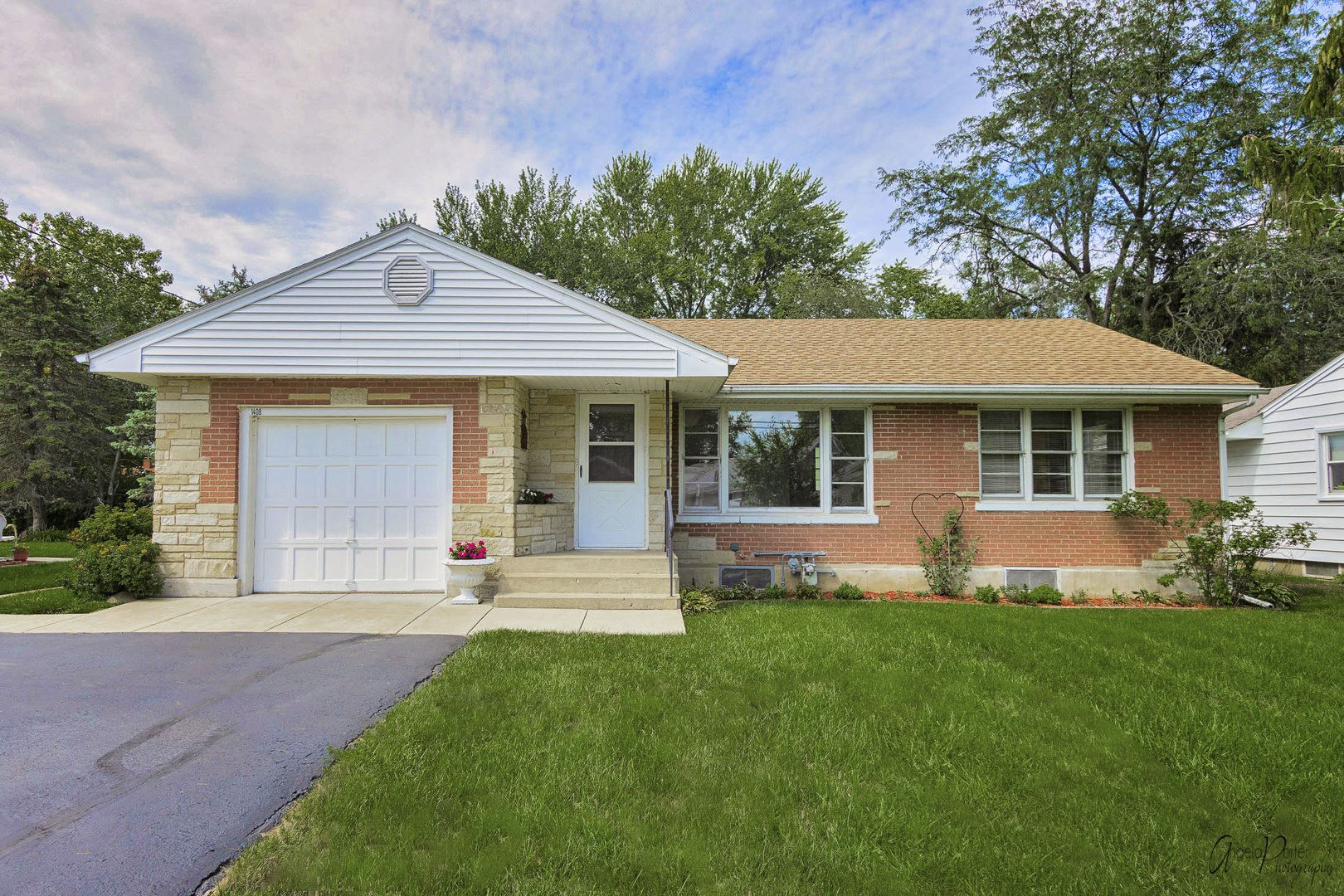 1408 Sunnyside Drive, Johnsburg, IL 60051 - #: 11201272