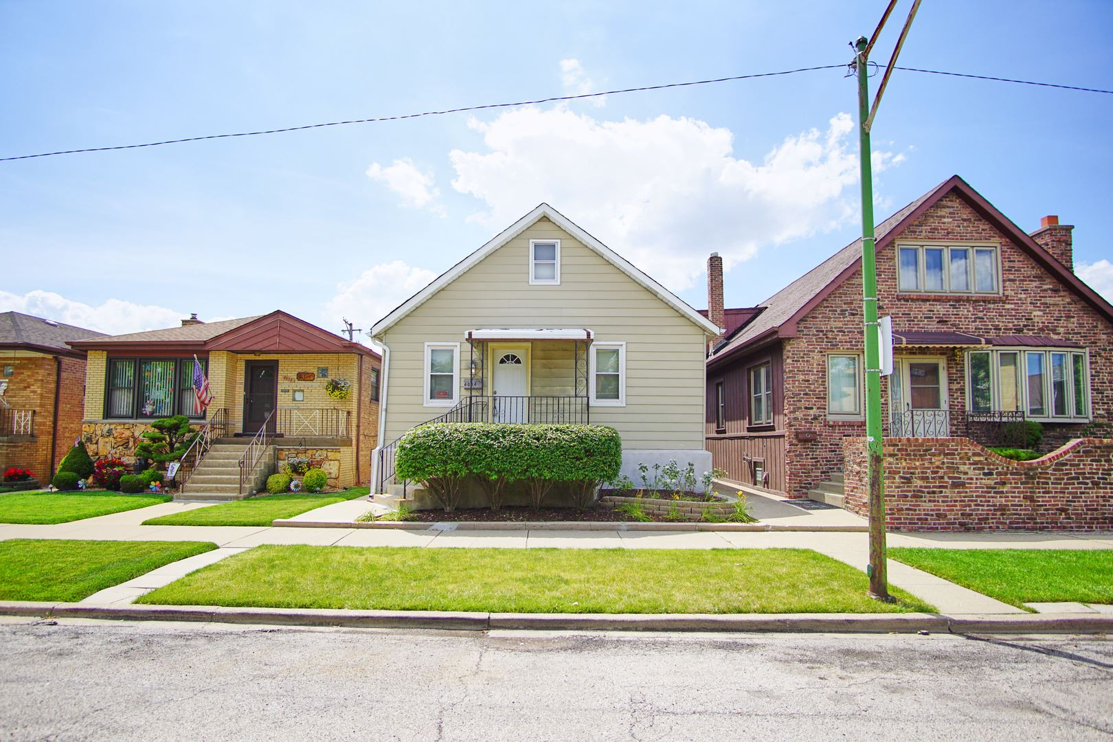 6034 S Keating Avenue, Chicago, IL 60629 - #: 10760273