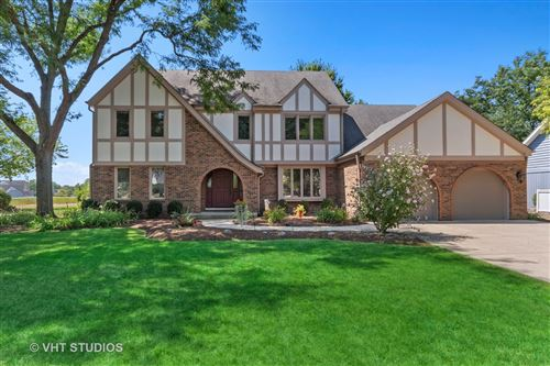 Photo for 1427 Druid Hills Court, Naperville, IL 60563 (MLS # 10977275)