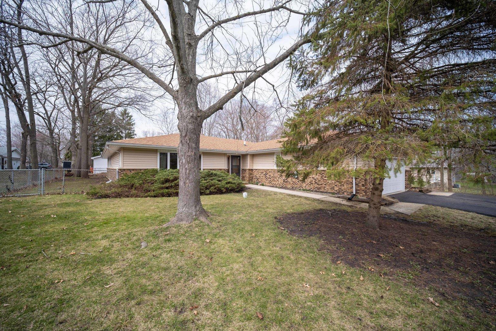 400 Russell Avenue, Winthrop Harbor, IL 60096 - #: 10684275