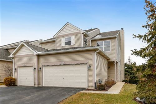 Photo of 2913 White Thorn Circle, Naperville, IL 60564 (MLS # 10617277)