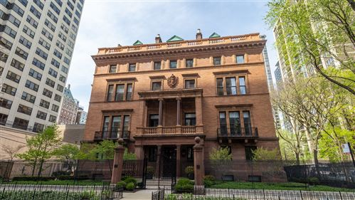 Photo of 1500 N ASTOR Street #3, Chicago, IL 60610 (MLS # 11069277)