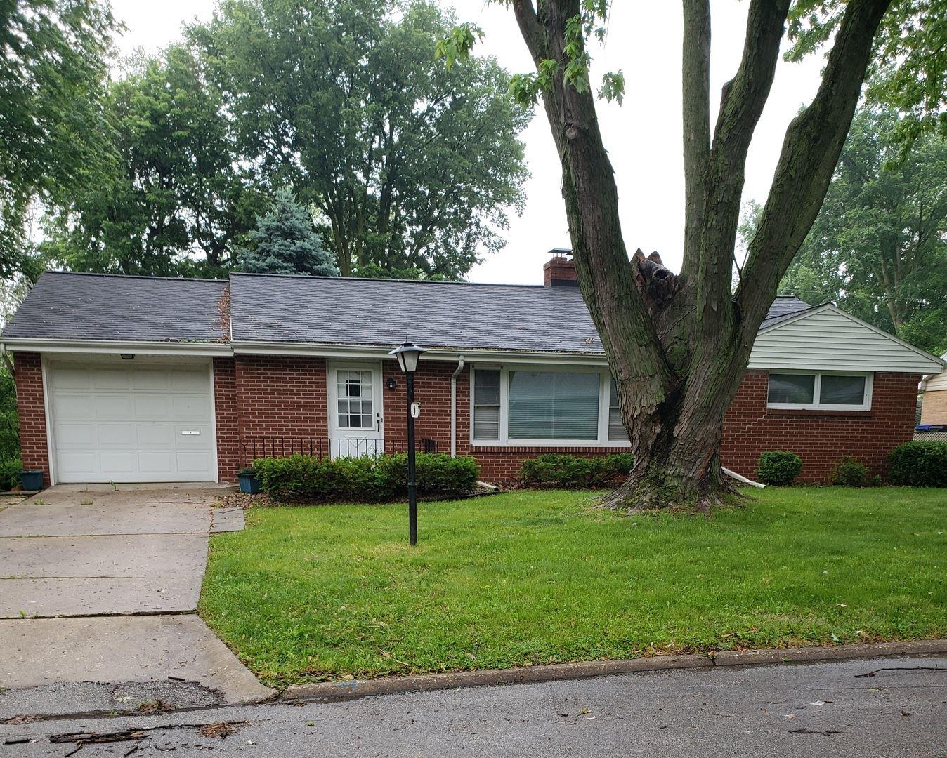 9 Walker Drive, Bloomington, IL 61701 - #: 11104279