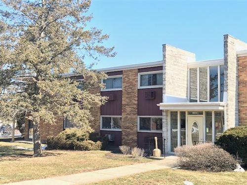 Photo of 1320 B Lore Lane #113, Lombard, IL 60148 (MLS # 11008280)